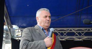 Primarul care a schimbat fața comunei Lipovăț