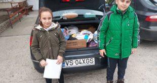 "Elevii Școlii ""Elena Cuza"" au donat fructe și legume"