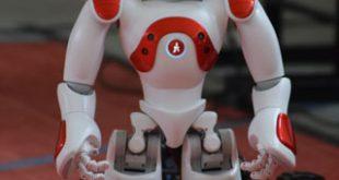 Roboțica Nao a ajuns la Vaslui