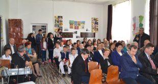 """Școala """"Ștefan Ciobotărașu"""" Lipovăț, în sărbătoare!"""