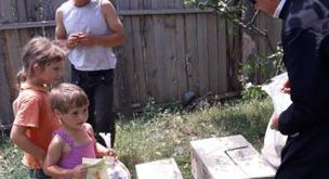Episcopul Hușilor, PS Ignatie, sprijină comunitățile sărace vasluiene