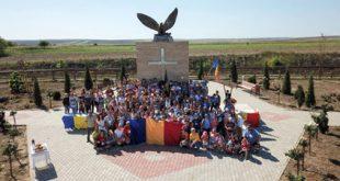 Peste 170 de copii au participat la o tabără, inițiată de Episcopul Hușilor