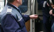 Arestați preventiv pentru infracțiunea de furt
