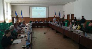 Întâlnire eşuată: Aleşii PNL au boicotat din nou o şedinţă a Consiliului Judeţean