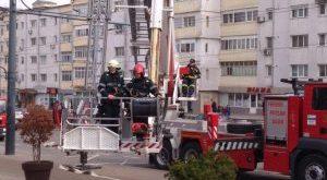 O bătrână din Vaslui a fost găsită în stare gravă în propria locuință de către pompieri