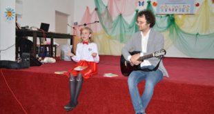 Fata primarului de Gârceni, la debut literar!