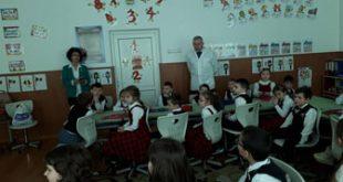 """Elevii Școlii """"Dimitrie Cantemir"""" Vaslui, implicați în proiectul """"Să creștem sănătoși"""""""