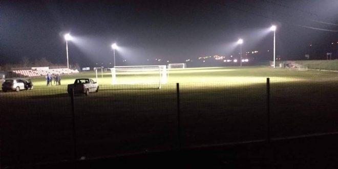 Stadionul din Munteni de Sus are nocturnă