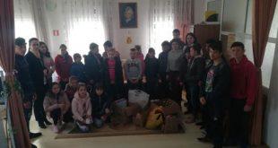"""Elevii din Bălteni au fost """"Ajutoarele Iepurașului"""""""