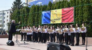 Corala Fantasia, concert de Florii in centrul orașului