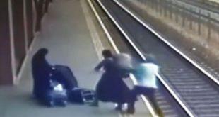 Bărbat  împins intenționat pe șinele de cale ferată de o presupusă măicuță