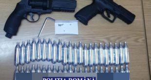 Cercetat pentru deținere de arme neletale