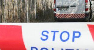 Caz cutremurător: Poliţist român de frontieră, găsit în pat cu gâtul tăiat de flex