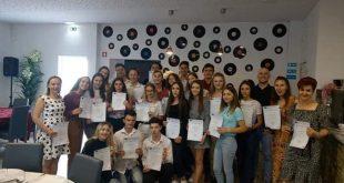 """Elevii Colegiului """"Anghel Rugină"""" se instruiesc în Portugalia"""