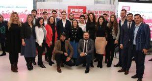 """Victor Negrescu: """"PES activists România a lansat o campanie în favoarea introducerii salariului minim european și zece idei progresiste pentru reformarea stângii românești"""""""