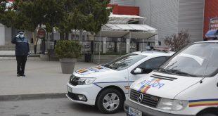 FOTO&VIDEO/ La Vaslui, din mașinile poliției s-a auzit Imnul României