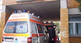 Primii 17 tineri din grupul de  la mare, internați la Spitalul din Bârlad
