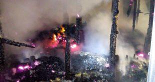 Un incendiu violent, stins de pompieri după două ore la o locuință din Tătărăni