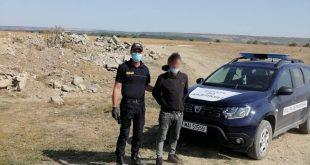 Un moldovean a trecut înot Prutul, în speranța că își va găsi un loc de muncă