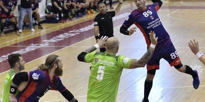 CSM Vaslui a obținut o victorie importantă în fața CSM Bacău, scor 29-27