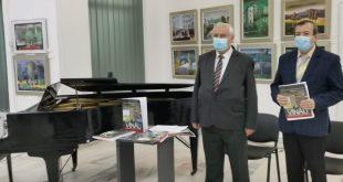 """De Ziua Culturii Naționale, muzeul vasluian a lansat albumul de artă """"Ioan Vînău-Memoria Spiritului"""""""