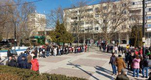 Patronii și angajații restaurantelor și barurilor din Bârlad au ieșit în stradă